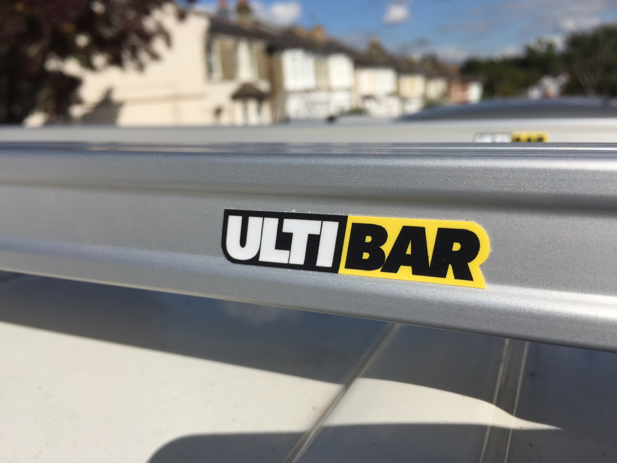 ULTI bar logo